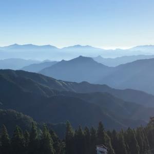 宮崎県の山 向坂山〜山方山へ