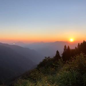 宮崎県の山 白岩山へ
