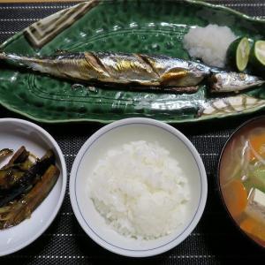 秋刀魚と茄子麻婆炒めと具だくさんおかず味噌汁。炊屋食堂の秋menu・・・