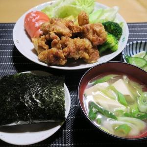 鶏の唐揚げ定食、炊屋食堂の質素倹約一汁三菜、簡単安く旨く・・・大衆の味。