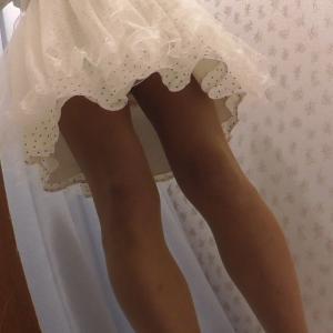 ワンピをめくってスカート試着のイング編
