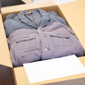 服の宅配買取ブランディアとブランドコネクトの査定結果を比べてみます