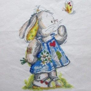 ウサギのクロスステッチ完成