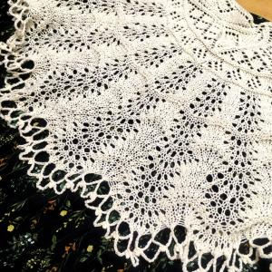 クンスト編みのショール