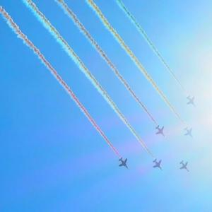 祝。東京2020開幕。ブルーインパルス展示飛行