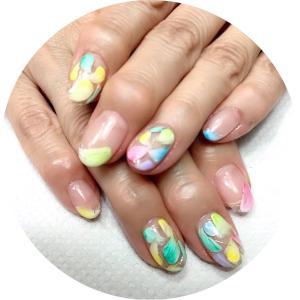 水無月の爪化粧☆6月のネイルはカラフルな花びらネイル
