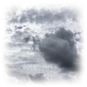 どんより曇り空、急な雨にご用心!!