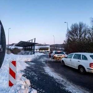 ドイツのワクチン接種と国境封鎖の現状