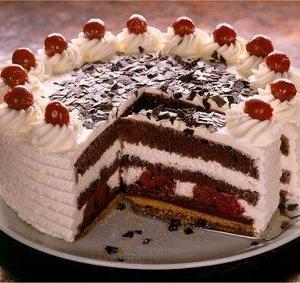 """ドイツの """"黒い森のケーキ"""""""