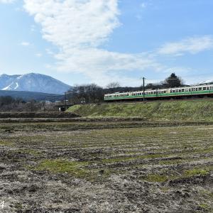 飯縄山と115系初代長野色