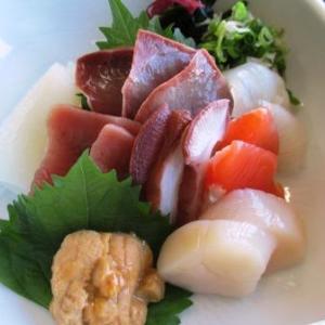ドライブイン汐風で刺身定食とラーメン♪幻の魚イトウ