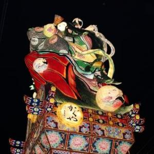 五所川原市の立佞武多『かぐや』圧巻の美しさ!撮影ポイントや交通状態を紹介