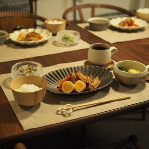 手羽中とパプリカの甘酢煮で晩ごはん。