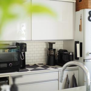 今度はキッチンをプチDIY!ちょっとの事だけど、随分雰囲気が変わりました!