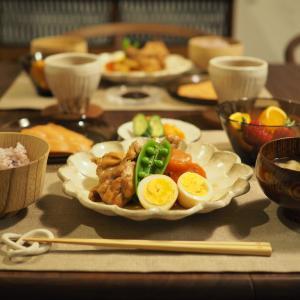 お気に入りの北欧食器と和食器を使って、我ながら納得の器コーデ。