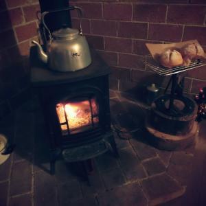 【 冬のリビングと自家製酵母パン】