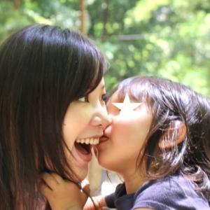 幸せな親子関係は、「人」対「人」でつながることで育てられる