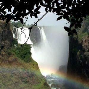 南部アフリカ紀行ー世界三大瀑布:ビクトリアフォールズ 旅のアルバムの処分(4)