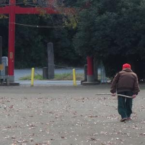 赤い帽子のおじいちゃん