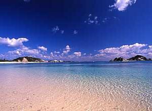 若夏の季節、海の安全祈願日