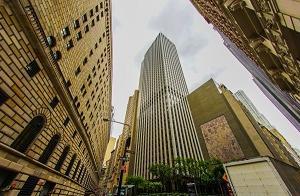 株や投資をする人に必見の金融映画「ウォール・ストリート」