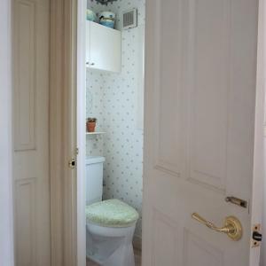 3階のトイレをイメージチェンジ ①