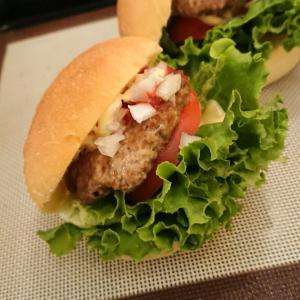 ハンバーガーともりもり毛糸