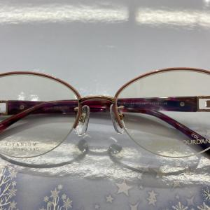 人気レデイス用眼鏡フレームのご紹介
