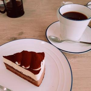 cafe&sweets quattro(カフェスイーツ クアトロ)