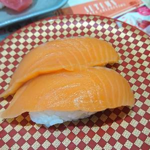100円寿司でランチ
