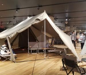 スノーピークの新作テントは驚き、ロッジ型シェルター、グランベルク!