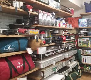 キャンプブーム再来で、中古のスノーピーク商品が驚きの価格に!