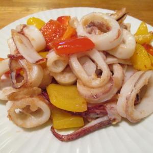 【旨魚料理】ヤリイカとパプリカの炒め物