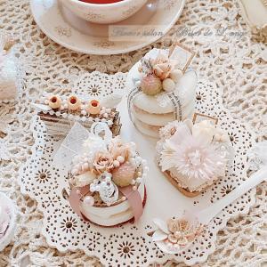 久しぶりのいちごミルク色のプチケーキ♡