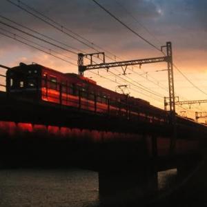 京急600形 夕暮れの鶴見川 1999-09-11