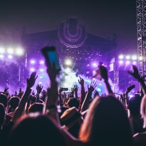 『無料視聴』2021 THE BOYZ X ATEEZ ONLINE LIVE:2WILIGHT ZONEどこでライブが見れるのか解説!日本からスマホやテレビで見逃し配信で見る方法も
