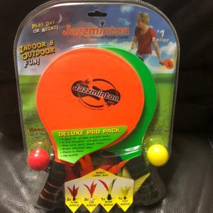 全米で大ヒット&多数おもちゃ賞受賞のバドミントンセット「ジャズミントン デラックス」
