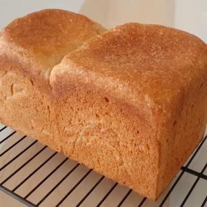 酒種食パン・・・寸足らず。