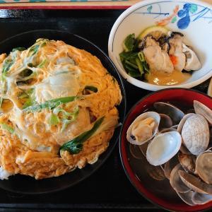 海田の海鮮食堂で牡蠣丼