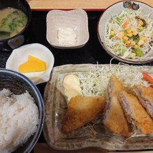 呉の居酒屋で白身魚フライ