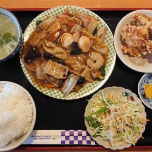 延寿飯店で八宝菜ランチ