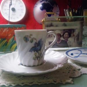 丑三つ時カフェ「寝珈琲」