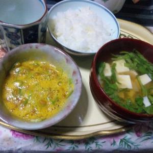 寅の刻、ディナー??納豆&味噌汁