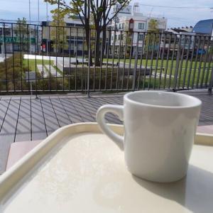 八戸ノ里今日のソトカフェ「まちライブラリーカフェ」