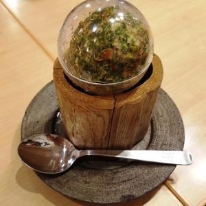 またまたスシロー経営の寿司居酒屋「鮨 酒 肴 杉玉」へ行ってきました。今度は神保町店の杉玉ポテトサラダを。
