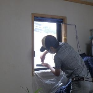 大きな被害が発生しやすい「秋台風」の季節が到来!? 「飛散防止フィルム」で窓ガラスへの備え!!にプラスする機能性は何を選ばれますか!?