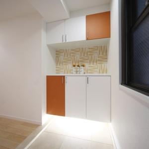 ドアの色で、こんなにお部屋の印象が変わるんです!? みなさまは色を合わせる!? それとも変える!? ステキな施工例で情報収集!?