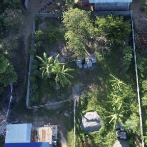フィリピンの土地の外壁工事完了