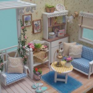 ドールハウス 花ブランコのあるお部屋