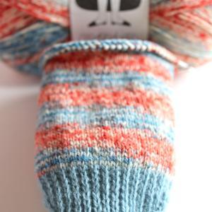 【動画あり】久々の靴下編み。つま先とかかと、履き口の編み方を工夫してみました!